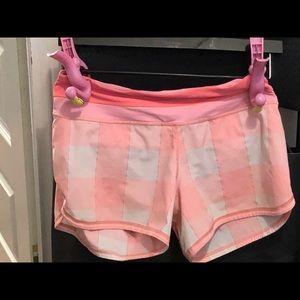 Lululemon pink plaid running shorts size 6